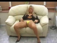 gals likes to tease mature chaps ii