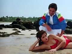 sonam bikini scene rarely movie-vijay (01057)