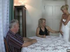 she is receives lured into 8some by his parents