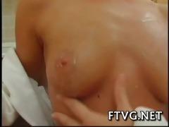 gal demonstrates sexy body