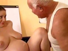 grandpapa fuck a preggy gal